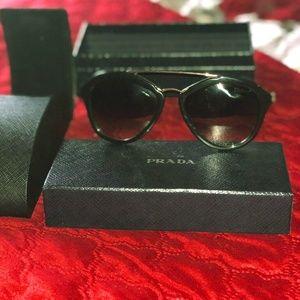 100% AUTHENTIC Prada Sunglasses Cinema 12QS 1AB0A7